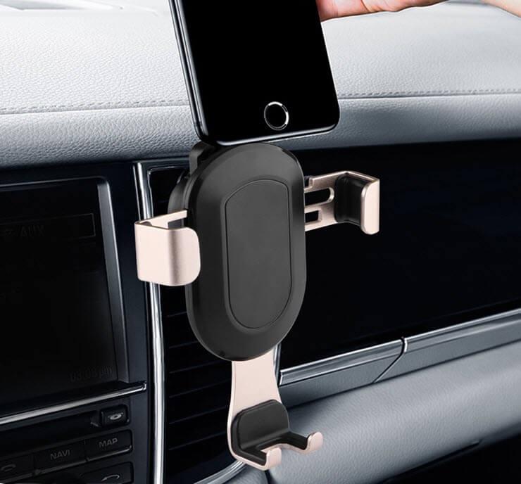 держатель телефона в авто присоски