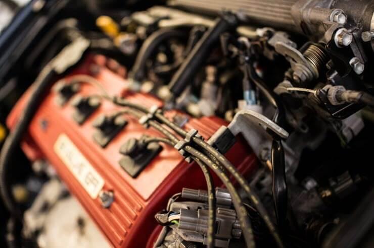 Неполадки в работе автомобиля: троит двигатель причины