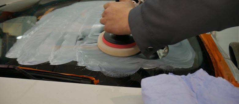 Порядок действий при полировке лобового стекла